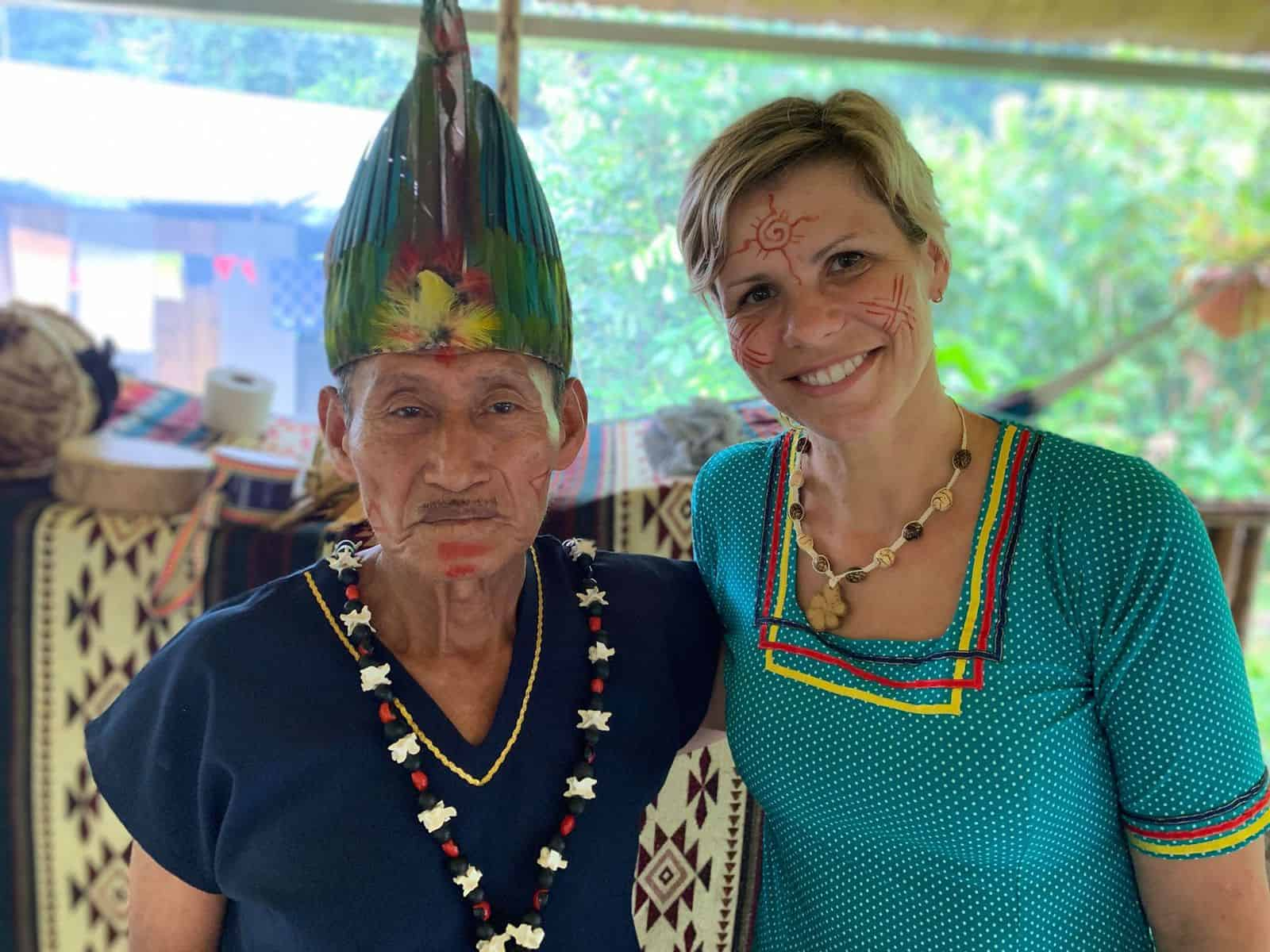 5-day retreat with two Ayahuasca ceremonies - Feather Crown
